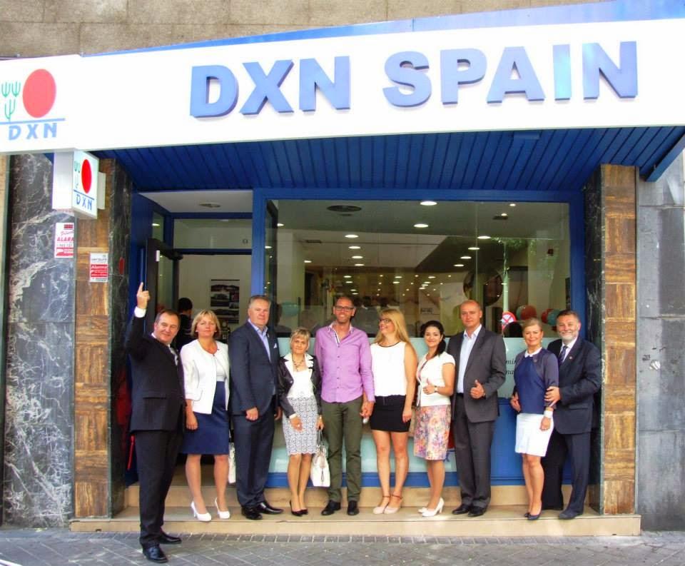 A spanyol DXN iroda megnyitóján